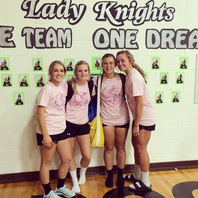 Senior VB girls 22-4 home game win